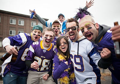 PlanYourVisit-Tailgating.jpg
